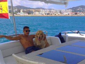 أليكسي سانشيز فى أجازة بإسبانيا