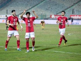 http://www.superkora.football/News/10/76677/الأهلي-يواصل-الزحف-نحو-لقب-الدوري-بالفوز-الـ13-على-التوالي