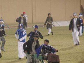 http://www.superkora.football/News/10/80663/أغرب-حالات-اقتحام-الجماهير-للملاعب