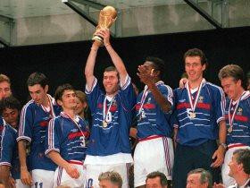 منتخب فرنسا بطل العالم 1998
