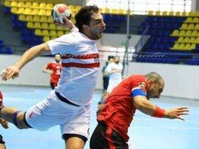 مرتضى منصور يصرف مستحقات لاعبو اليد خلال حفل التكريم