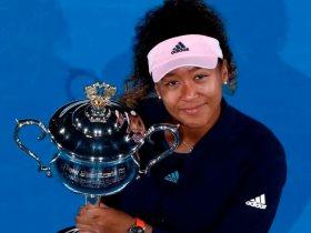 ناعومى اوساكا تفاجئ طفلة بحضن فى بطولة أمريكا المفتوحة