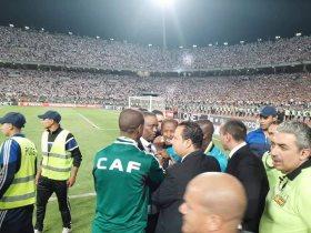 مفاجأة: نائب رئيس الاتحاد الافريقي يعتدى على حكم مباراة الزمالك وبركان وفيفا يحقق