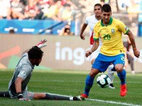 مواجهة البرازيل وبيرو السابقة
