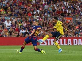 برشلونة يتعادل بهدف نيران صديقة