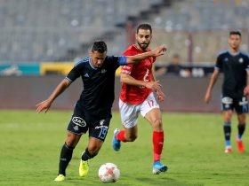 عبد الله السعيد فى مباراة الأهلي وبيراميدز