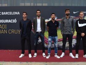 ميسي ونجوم برشلونة
