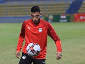 أكرم توفيق يشارك في تدريبات المنتخب الأولمبي