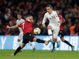 10 مشاهد من حضور جرزيمان الناري بمباراة ألبانيا ضد فرنسا