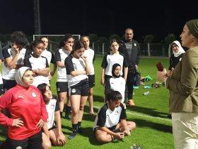 منتخب الكرة النسائية