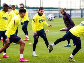برشلونة يواصل استعداداته لموجهة ليفانتي بالدوري الإسباني
