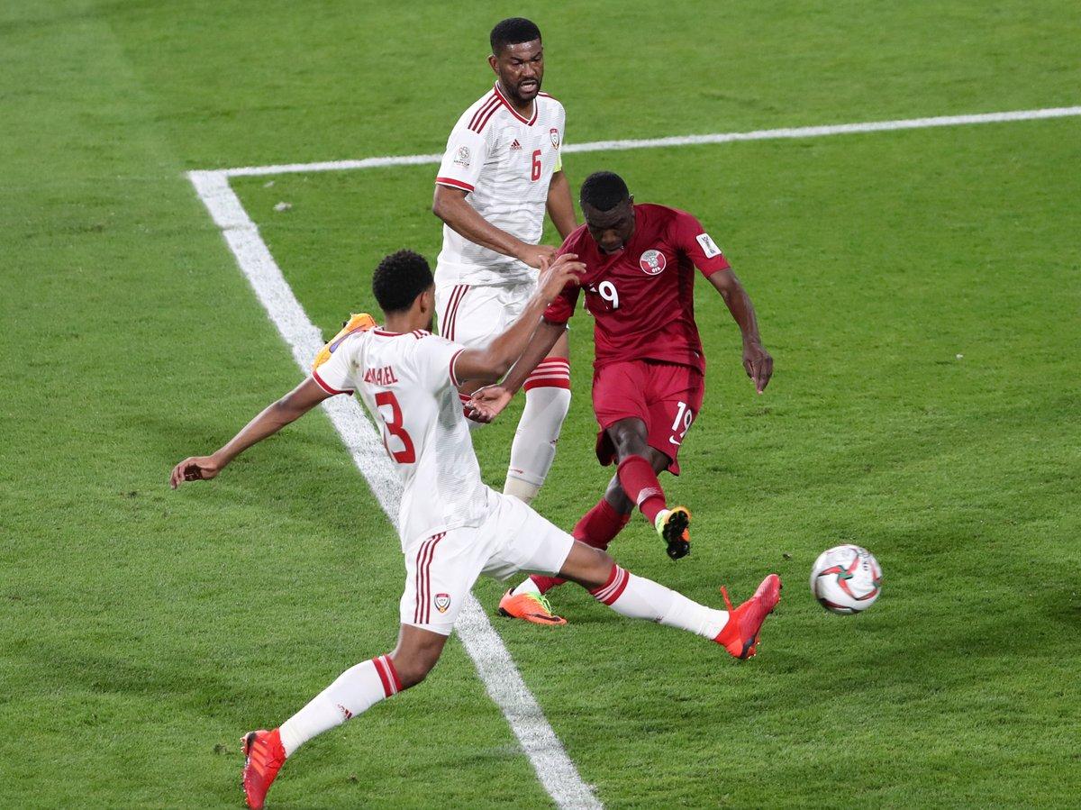 قطر تفوز على العراق