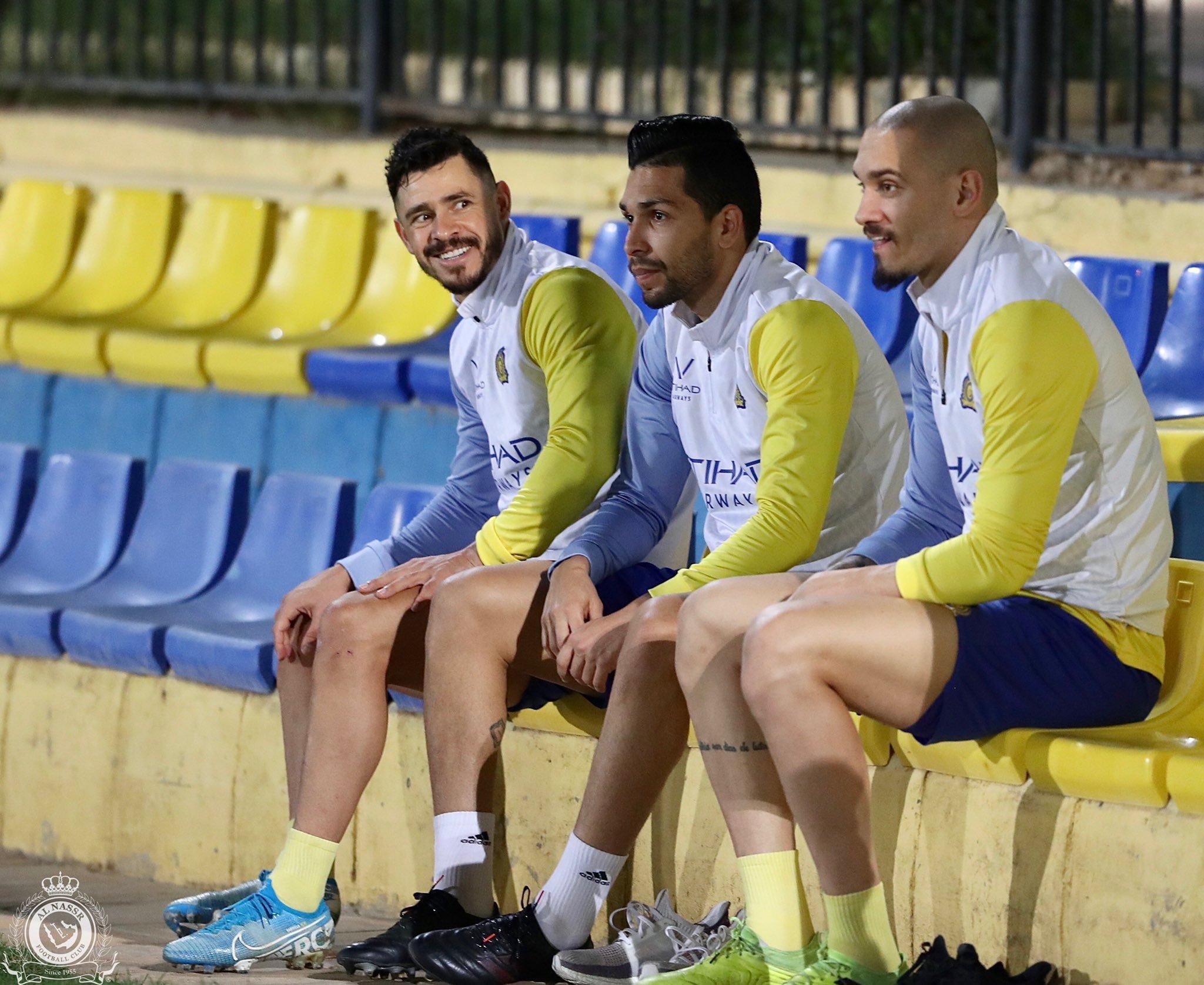 10 مشاهد من تدريبات النصر السعودي الأخيرة فى معسكر الإمارات (6)