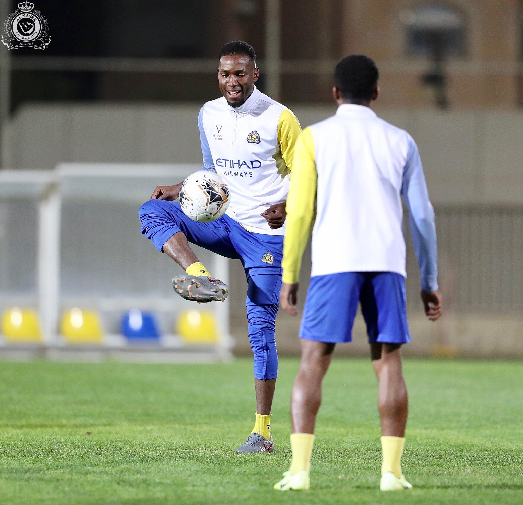 10 مشاهد من تدريبات النصر السعودي الأخيرة فى معسكر الإمارات (8)
