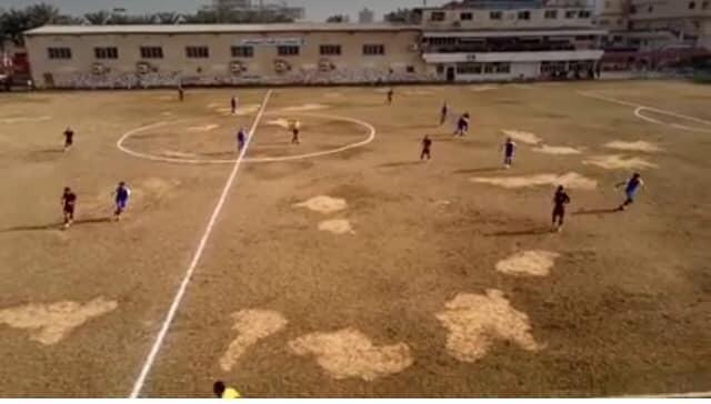 الرمال تمنع مباراة الزرقا وجمهورية شبين من الالغاء