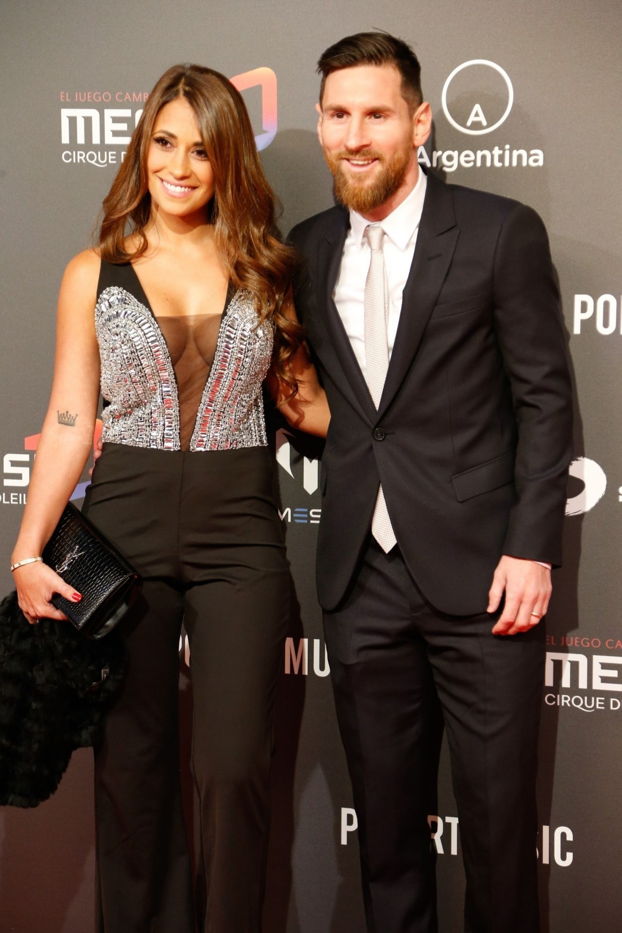 antonella-roccuzzo-and-lionel-messi-presentation-of-cirque-du-soleil-in-barcelona-01-31-2019-8