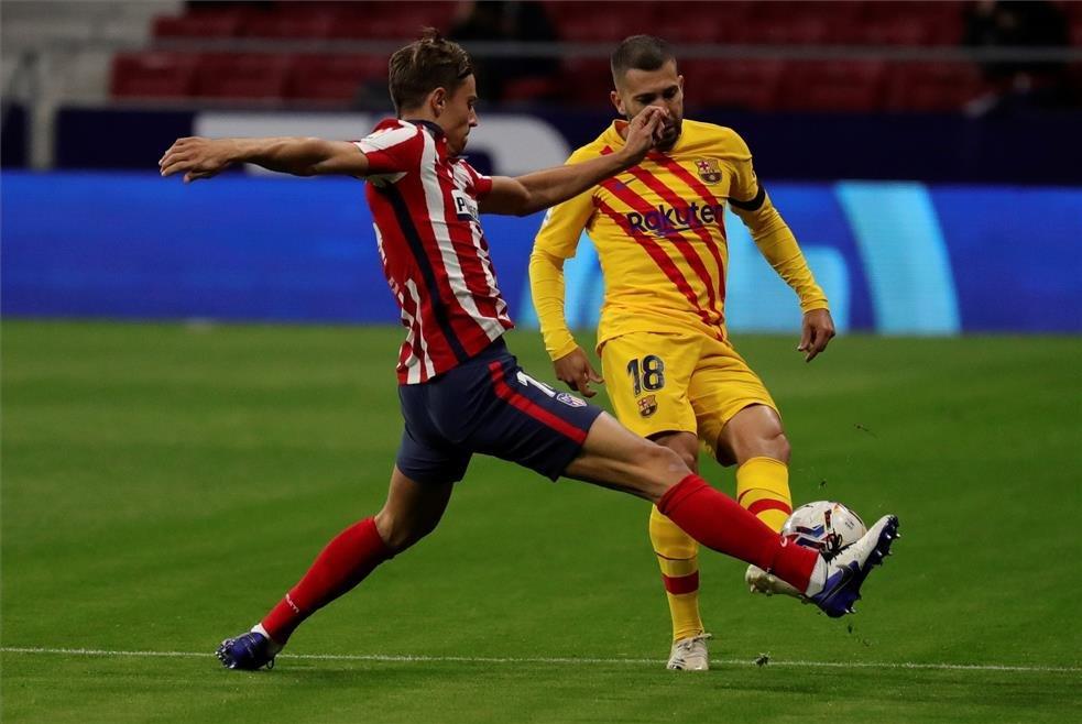 أتلتيكو مدريد ضد برشلونة (8)