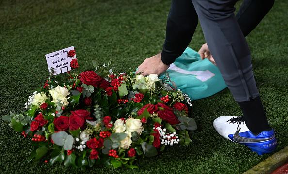 ليفربول ضد ليستر سيتي.. أليسون بيكر يكرم الحارس الراحل راي كليمنس (5)