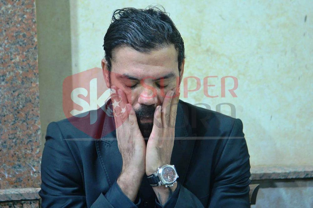 نجوم الرياضة والإعلام يشاركون في عزاء والد عمرو ذكي (2)