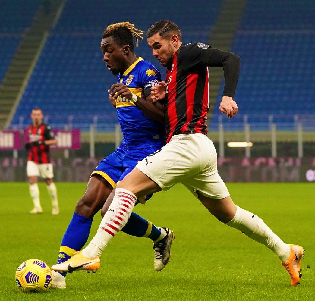 ميلان ضد بارما (2)