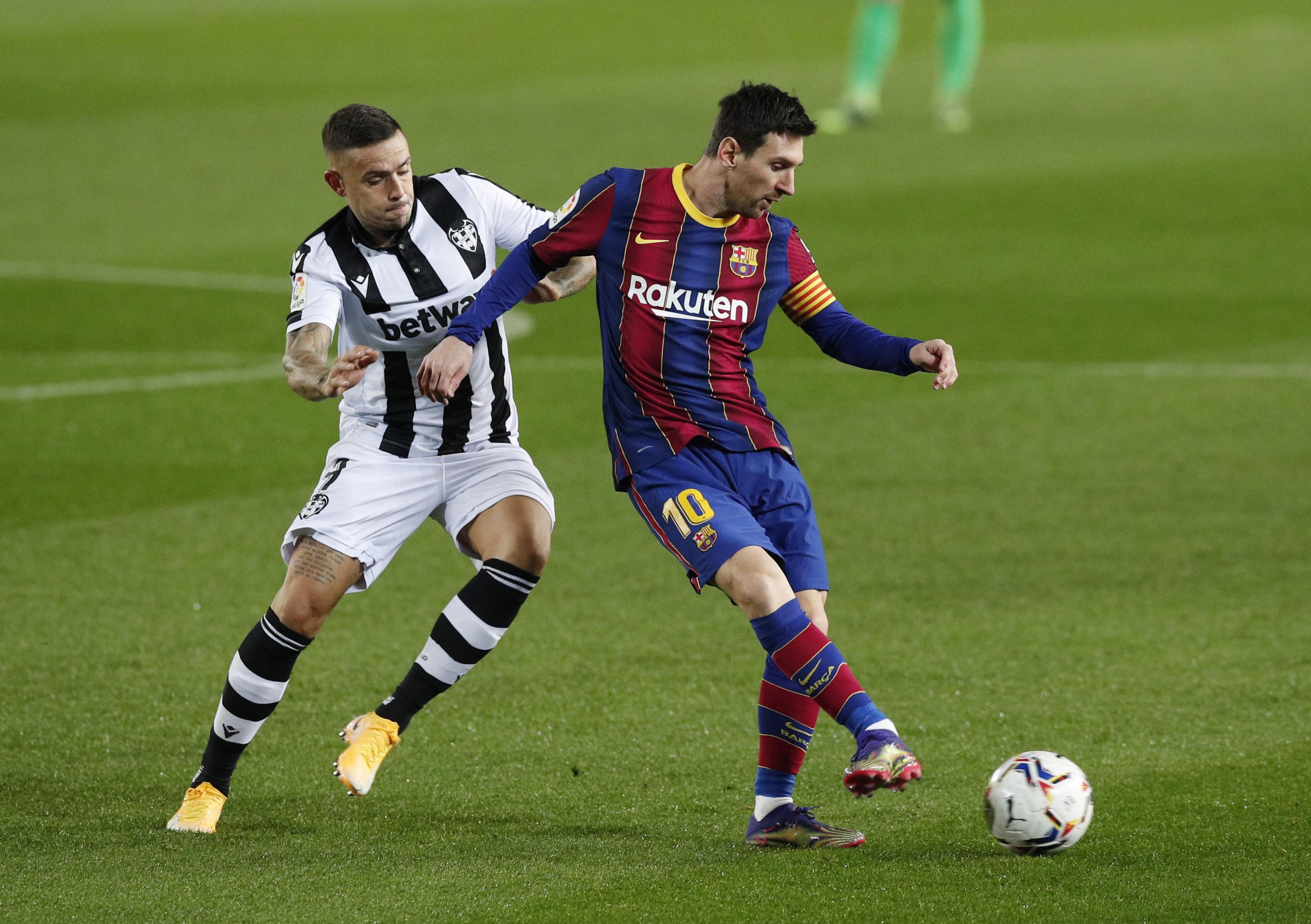 برشلونة ضد ليفانتي (7)