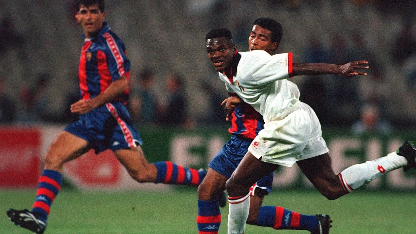 milan_s_marcel_desailly_takes_on_barcelona_s_romario_in_the_1994_uefa_champions_league_final