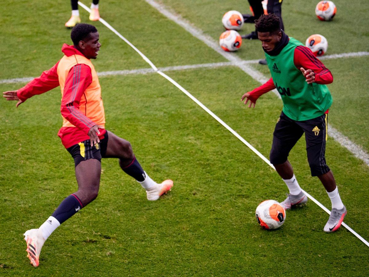 مان يونايتد ضد برايتون.. سولشاير يشرف على التدريبات الختامية للمباراة المرتقبة (3)