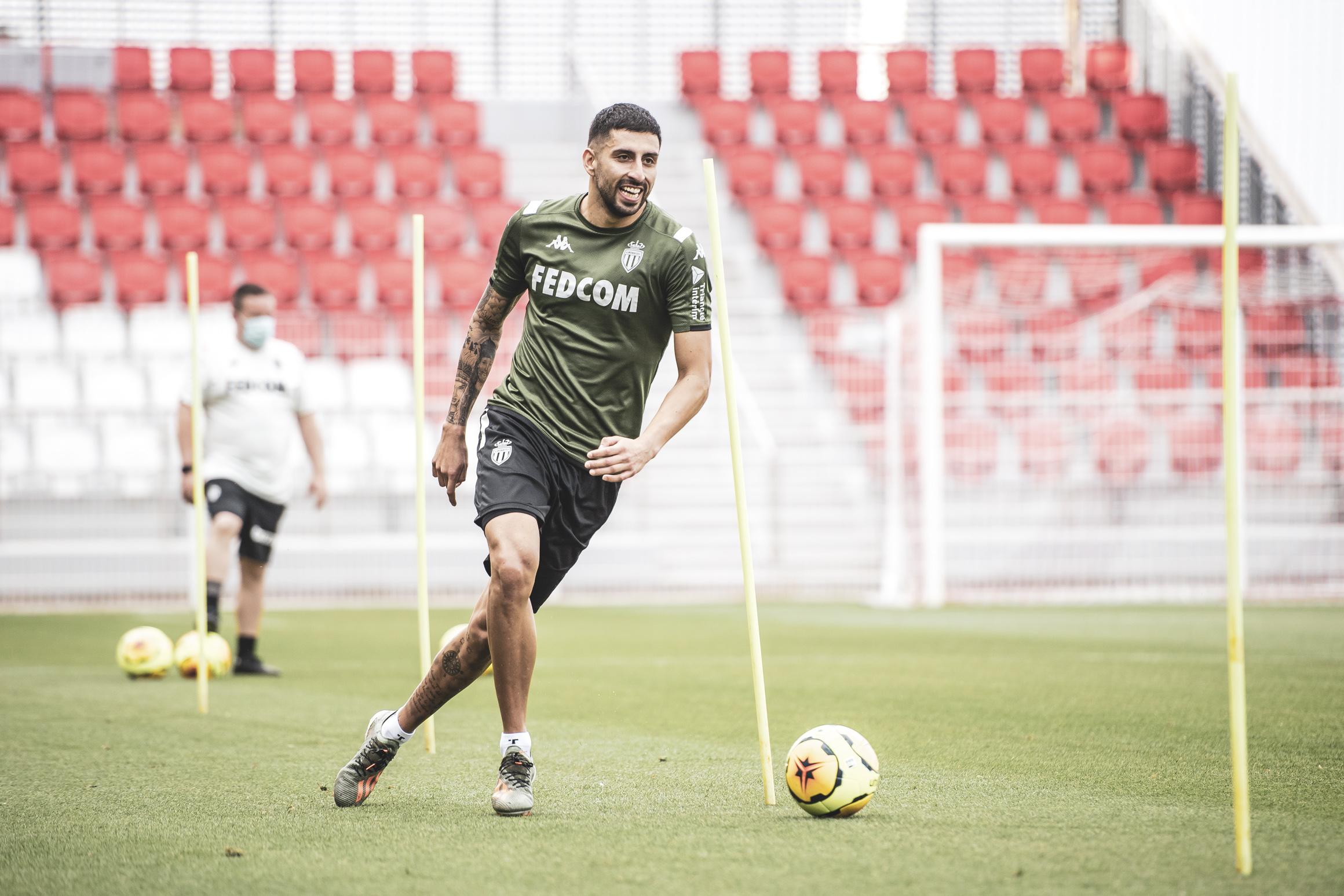 موناكو يعود للتدريبات أكثر قوة وحماس استعداد للدوري الفرنسي (1)