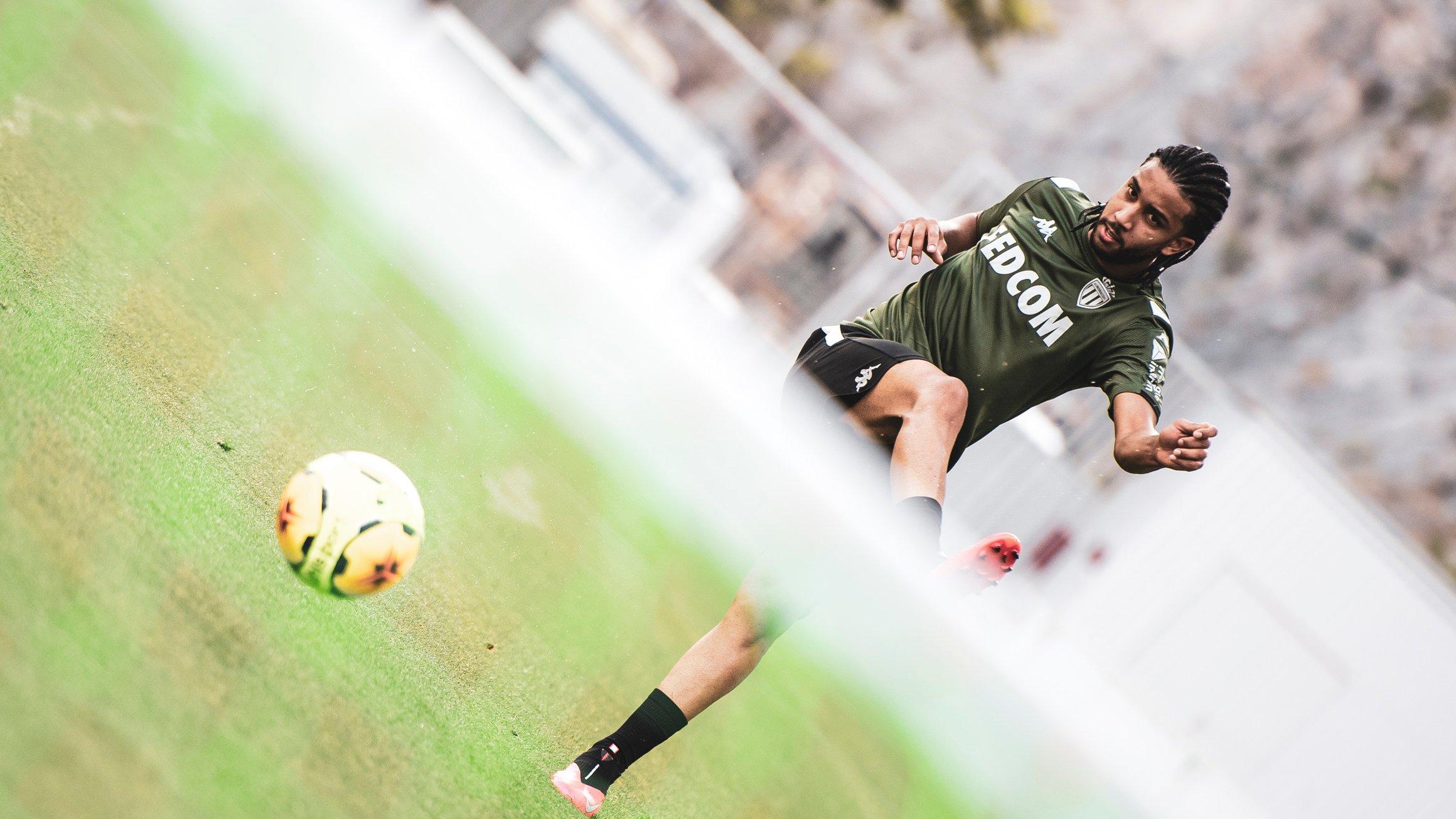موناكو يعود للتدريبات أكثر قوة وحماس استعداد للدوري الفرنسي (7)