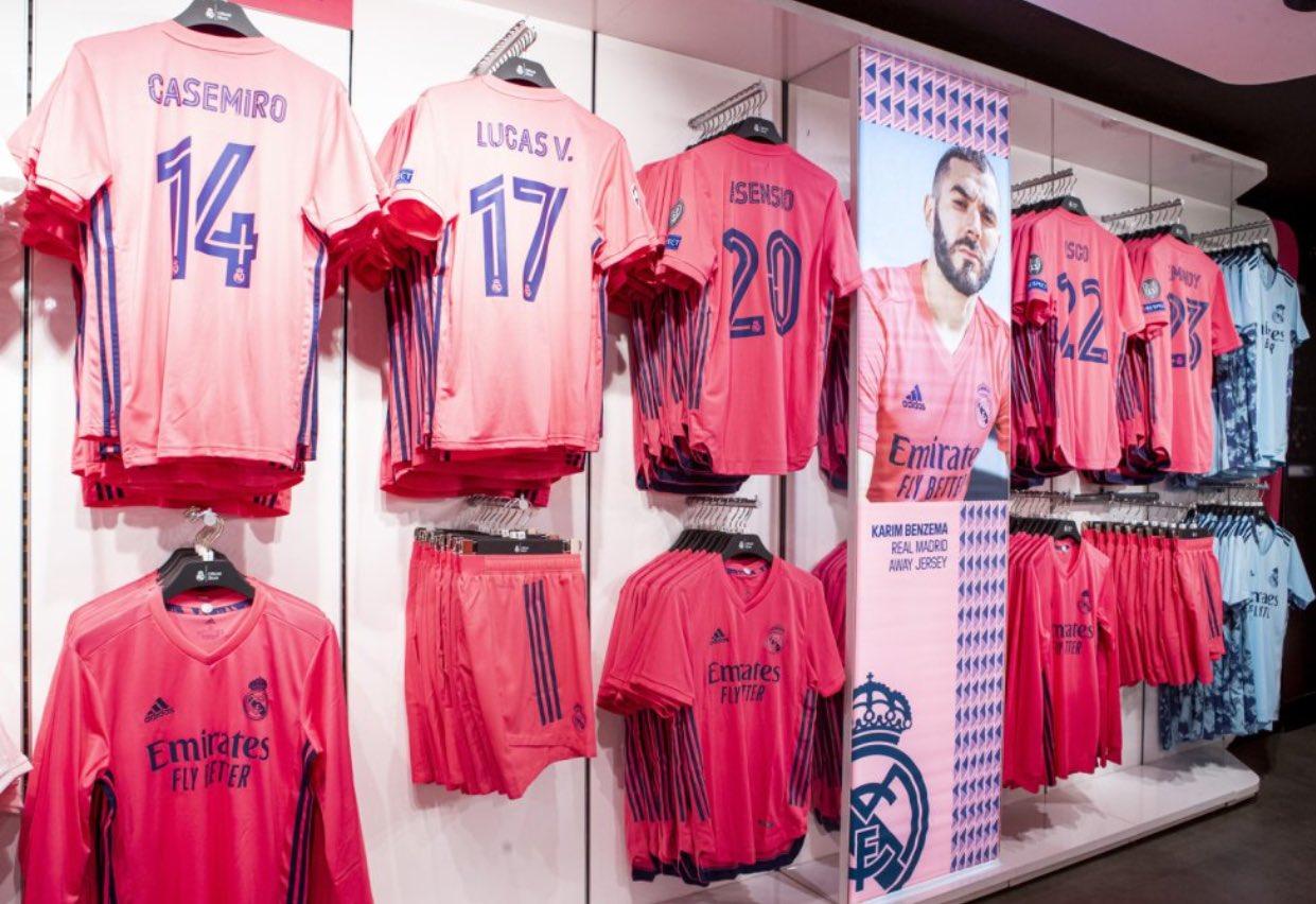 قميص ريال مدريد (1)