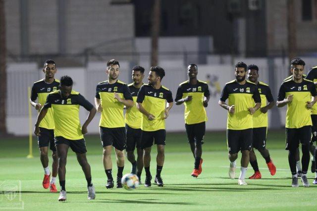 بث مباشر مباراة الاتحاد ضد الرياض