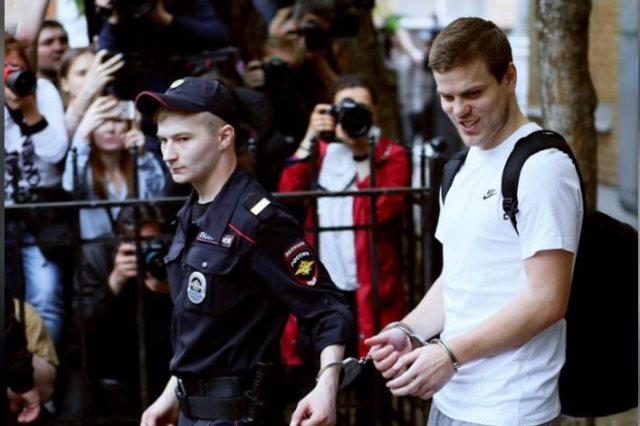 لاعبي روسيا كوكورين ومامايف