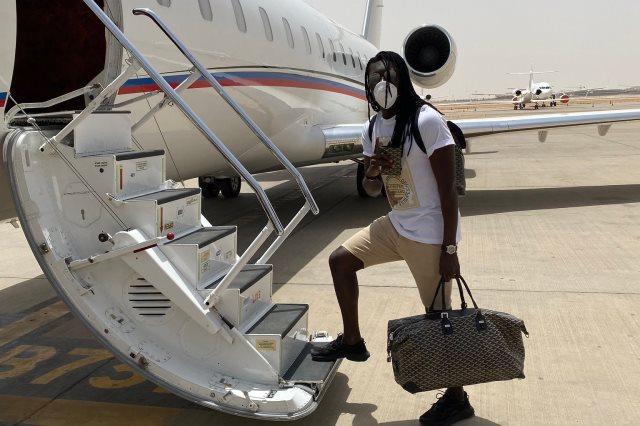 الفرنسي بافيتمبي جوميز، مهاجم فريق الكرة بنادي الهلال السعودي