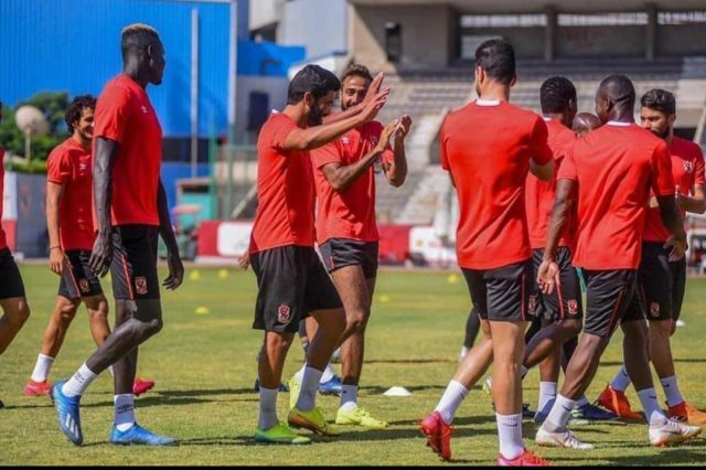 صالح جمعة، لاعب الفريق الأول بالنادي الأهلي،
