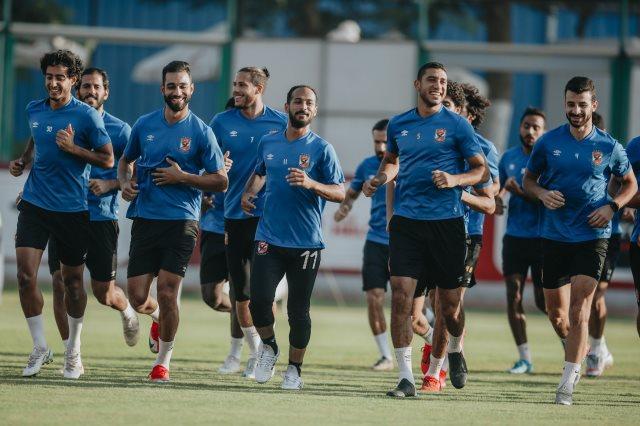 الأهلي يعدل موعد الإجازة الأسبوعية بسبب مباراة انبي في الدوري الممتاز