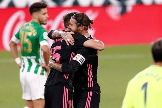 ريال بيتيس ضد الريال