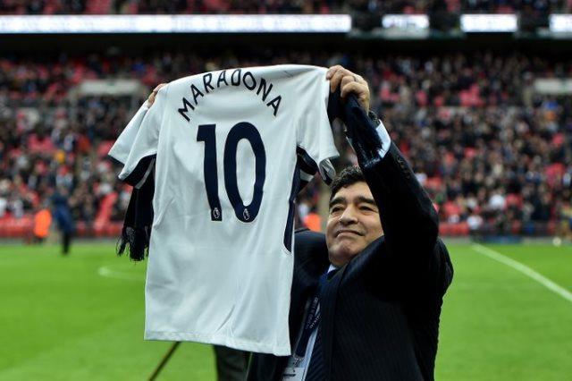 الأرجنتيني دييجو أرماندو مارادونا، أسطورة كرة القدم