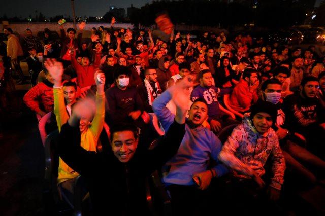 احتفال مثير لجماهير الأهلي بعد هدف عمرو السولية الأول