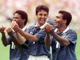 احتفال ثلاثي البرازيل في كأس العالم 1994