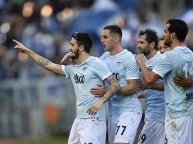 http://www.superkora.football/News/9/146145/لاتسيو-يتعادل-مع-بولونيا-3-3-فى-الدورى-الايطالى