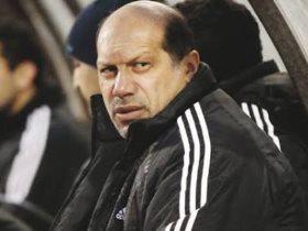 http://www.superkora.football/News/1/111962/رسميا-علاء-نبيل-يعتذر-عن-الاستمرار-فى-القيادة-الفنية-للمقاولون
