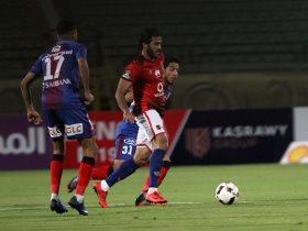 http://www.superkora.football/News/10/85534/مشاهد-من-فوز-الأهلى-الصعب-على-بتروجت-في-الدوري