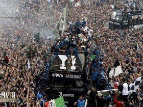 http://www.superkora.football/News/10/89763/احتفالات-يوفنتوس-بلقب-الكالتشيو-فى-شوارع-تورينو