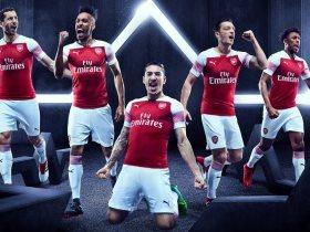 http://www.superkora.football/News/10/90085/الكشف-عن-قميص-أرسنال-الجديد-للموسم-المقبل