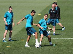 http://www.superkora.football/News/10/90102/ريال-مدريد-يواصل-استعداداته-للنهائى-الأوروبى