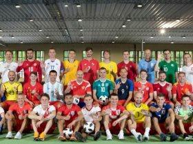 http://www.superkora.football/News/10/90477/ترحيب-لطيف-من-نجوم-المنتخب-الروسي-للفراعنة-ومنتخبات-كأس-العالم