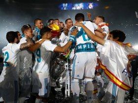 http://www.superkora.football/News/10/90939/احتفالات-ريال-مدريد-بدوري-الأبطال-في-ملعب-سانتياجو-برنابيو