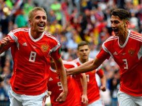 http://www.superkora.football/News/17/94770/تعرف-علي-النطق-الصحيح-لأسماء-لاعبي-روسيا
