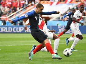 http://www.superkora.football/News/14/95402/فرنسا-تتقدم-على-بيرو-بهدف-مبابى-القياسى-فيديو
