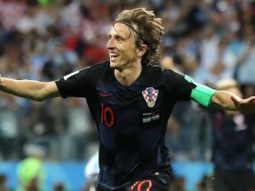 http://www.superkora.football/News/2/99957/هل-خسر-مودريتش-السباق-الى-الكرة-الذهبية-تقرير